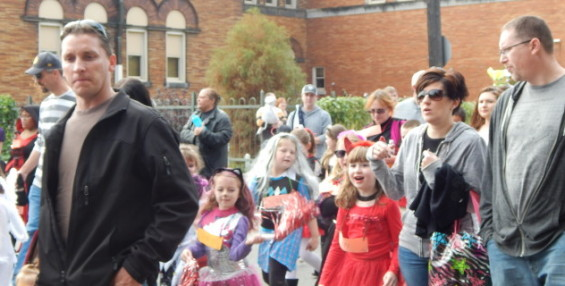 Brighton Heights Halloween Parade 2014